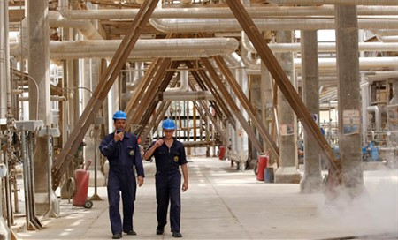 Foreign investments for boosting capacity of oil in Iraq
